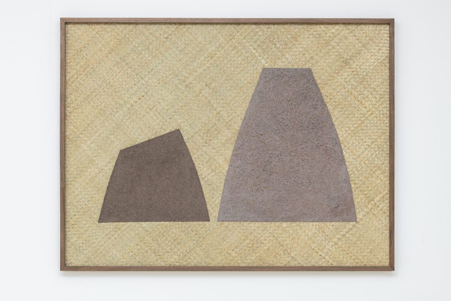 Magda Skupinska, Doing I (Sierra in Teotitlán del Valle Zapotec), 2019, red and blue corn on petate, 56.25 x 42.5 in (142.88 x 107.95 cm)© Magda Skupinska, image courtesy of Maximillian William, photograph by Damian Griffiths