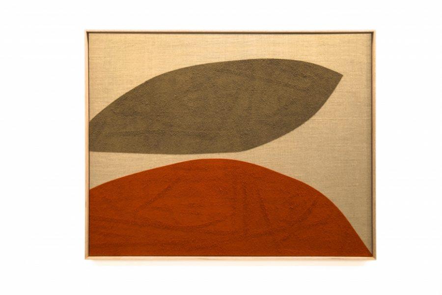 Magda Skupinska, Sunny Day, 2018, cinnamon and turmeric on canvas, 52.4 x 40.5in (133 x 103cm.)© Magda Skupinska, image courtesy of Maximillian William